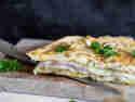 Gefüllte Frittata mit Schinken und Käse