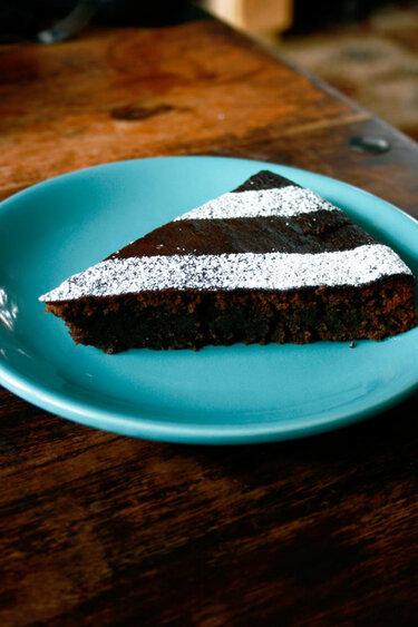 Saftiger Schokoladenkuchen © Transglobal Pan Party