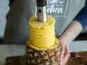 Ananasschneider herausziehen