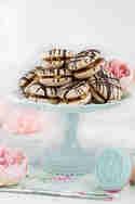 Snickers Cookies © Lisbeths Cupcakes & Cookies