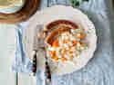 Kohlrabi-Möhren-Gemüse mit Bratwurst