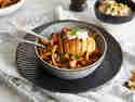 Fächerkartoffel mit Pfifferlingen und Cashew-Dip