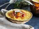 Deftige Kartoffel-Möhren-Suppe mit Cabanossi