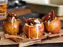 Bratäpfel mit klassischer Trockenobstfüllung