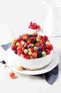 Kokos-Beeren-Torte © Monsieurmuffin