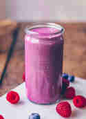 Beeren-Power-Smoothie © Klara's Life