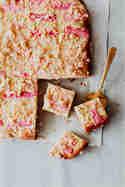 Rhabarber-Streuselkuchen © Marylicious