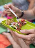Wassermelonen-Salat mit Feta, Minze und Basilikum © Corinna Frei | Schüsselglück