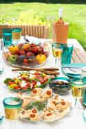 Zweierlei Foccacia und Tomaten-Pfirsich-Salat mit Burrata © Zimtkeks und Apfeltarte