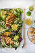 Grüner Salat mit Maishähnchen © Foodistas