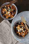 Mediterraner Nudelsalat mit Pesto Rosso © Münchner Küche
