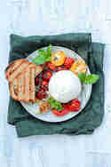 Ofentomaten mit Burrata © Die Glücklichmacherei