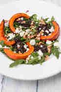 Salat mit Belugalinsen, Ofenkürbis und Schafskäse © Sabrina Kiefer & Steffen Jost | Feed me up before you go-go
