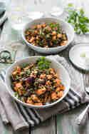 Gerösteter Süßkartoffel-Salat mit Linsen und Mohn-Dressing © Elle Teuscher | Elle Republic