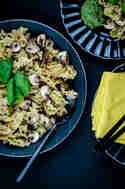 Pasta mit Champignons und Pekannusspesto © Foodistas