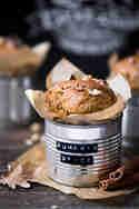 Pumpkin Spice Muffins mit Kürbis, Walnüssen und Kichererbsen © Nicest Things