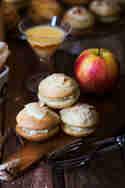 Eierlikör-Whoopies mit herbstlicher Apfelfüllung © Ina Speck | Ina isst