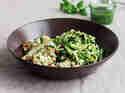 Koriander-Huhn mit Zucchininudeln
