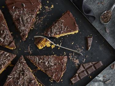 Karottenkuchen mit Schokoladen-Ganache