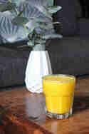 Orangen-Kurkuma-Smoothie © Transglobalpanparty