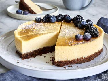 Skyr-Cheesecake mit Keksboden