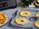 Mango- und Ananas-Chips