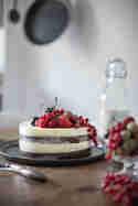 Panna Cotta Torte mit Beeren © Tina Kollmann | Lecker und Co.