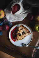 Apfelstrudel Pie mit Pflaumensauce © Tina Kollmann | Lecker & Co.
