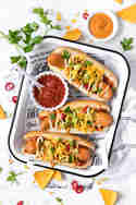 Mexikanische Hot Dogs mit Avocado und Chili © Vera Wohlleben | Nicest Things