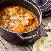 indisches streetfood veganes tomaten curry mit falafel. Black Bedroom Furniture Sets. Home Design Ideas
