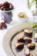 Datteln mit Mandelmus und Blauschimmelkäse © Anne Klein   frisch verliebt