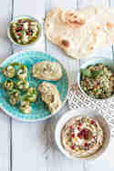 Baba Ghanoush, Artischocken-Walnuss-Aufstrich und Zucchinirollen © Sabrina Kiefer & Steffen Jost | Feed me up before you go-go