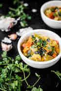 Kürbiscurry mit Birne und Kokosmilch ©Stefanie Hiekmann | schmecktwohl
