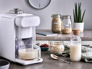 Hafermilch selber machen mit dem Mandelmilchbereiter
